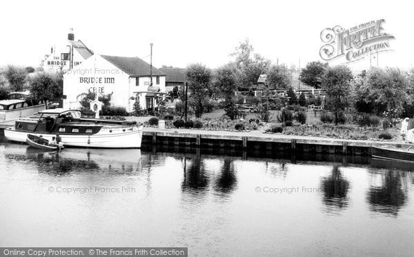 Photo of Acle, Bridge Inn c.1955