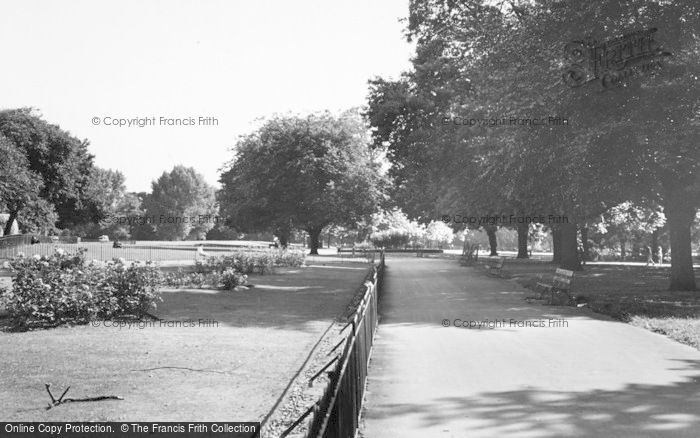 Photo of Acton, Acton Park c.1960
