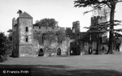 Castle 1948, Acton Burnell