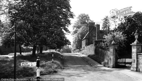 Photo of Adderbury, Court End c.1955