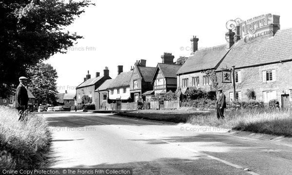 Photo of Adderbury, Oxford Road c.1955