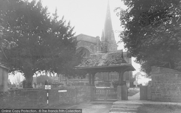 Photo of Adderbury, St Mary's Parish Church c.1955