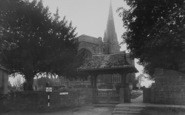 Adderbury, St Mary's Parish Church c.1955