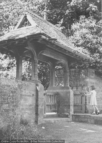 Photo of Adderbury, The Lychgate, St Mary's Church c.1955