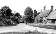 Adderbury, West Adderbury from Milton Road c1955