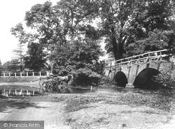 Addlestone, Crockford Bridge 1904