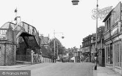Station Road c.1955, Addlestone