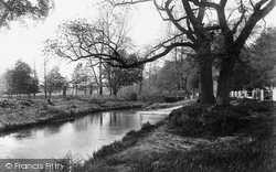 Addlestone, View Near White Bridge 1906