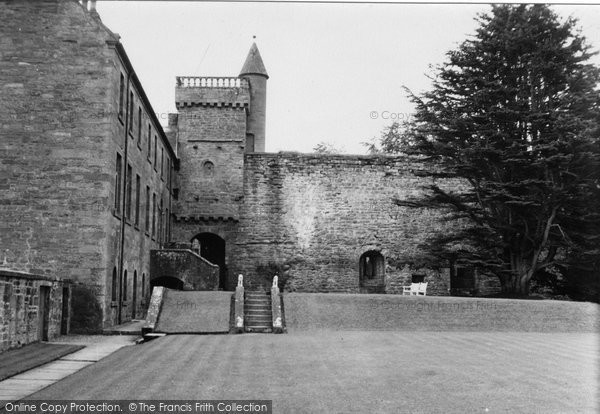 Photo of Airlie Castle, 1950