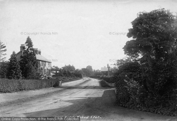Photo of Aiskew, The Village 1901