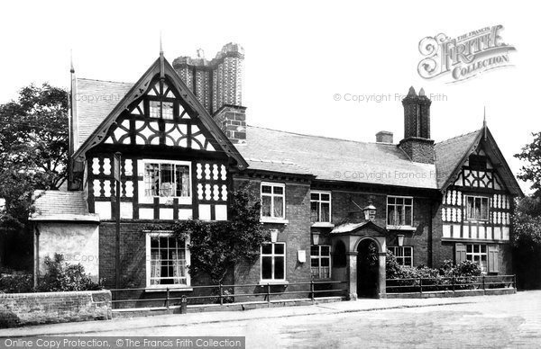 Photo of Albrighton, Crown Hotel 1898