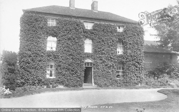 Photo of Albrighton, Ivy House 1899
