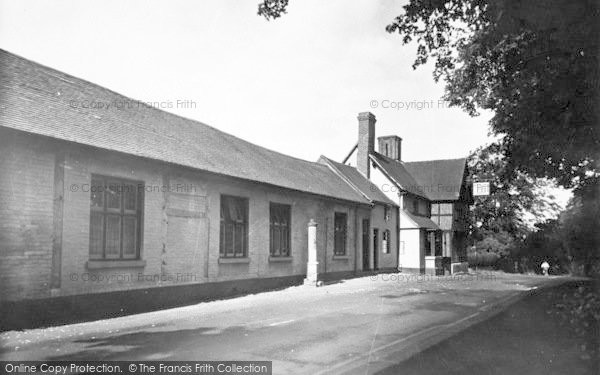 Photo of Albrighton, Shrewsbury Arms c.1955