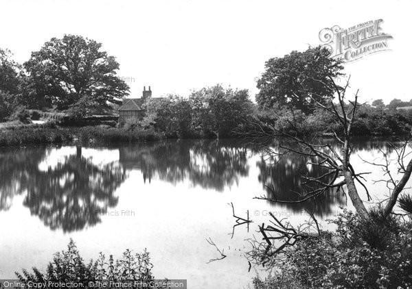 Photo of Albury, Albury Mill Ponds 1902