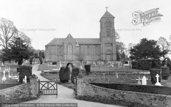 Photo of Albury, St Peter And St Paul's Church 1929