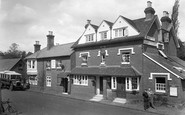Albury, Surrey Trust House, Drummond Arms 1922