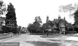 Albury, The Village 1938