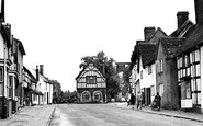 Alcester, Henley Street And Town Hall 1949