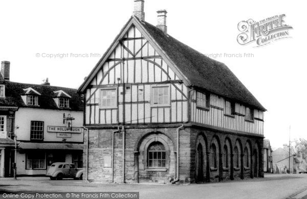 Photo of Alcester, Town Hall c.1949