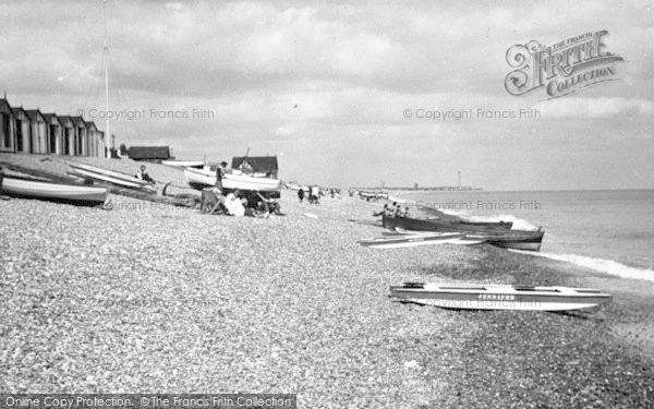 Photo of Aldeburgh, Beach Scene c.1950
