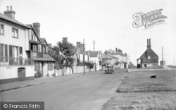 Aldeburgh, Crabbe Street And Moot Hall 1929