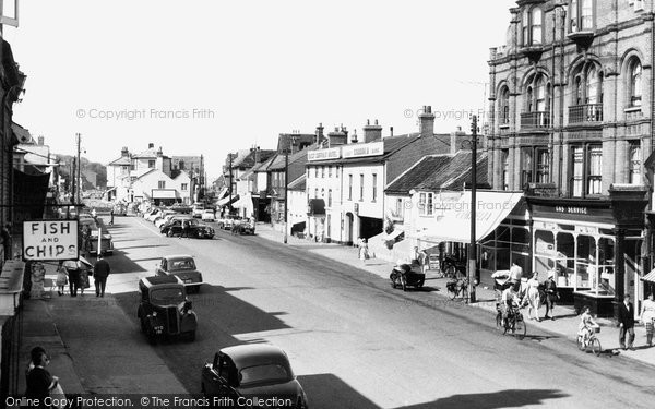 Photo of Aldeburgh, High Street c.1960