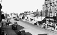 Aldeburgh, High Street c1955