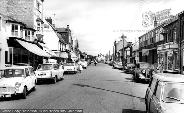 Photo of Aldeburgh, High Street c.1965