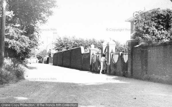 Photo of Aldeburgh, Lee Road c.1960