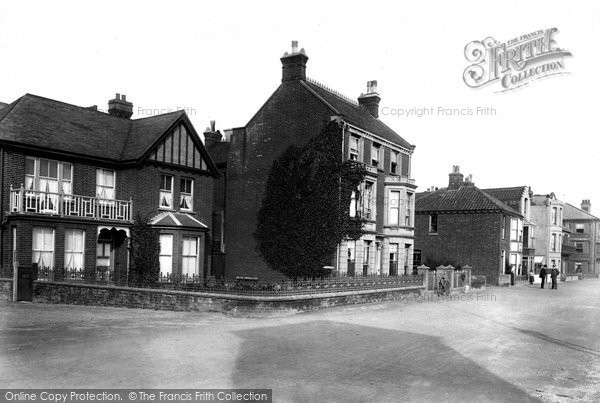 Photo of Aldeburgh, Lyndhurst And Parade 1903