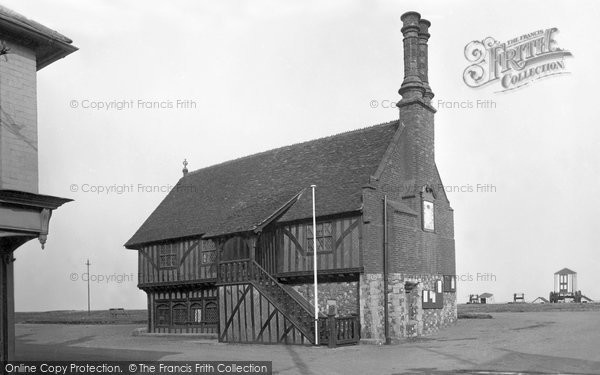Photo of Aldeburgh, Moot Hall 1922