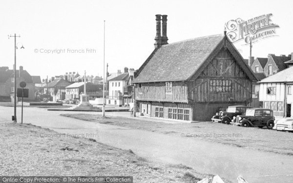 Photo of Aldeburgh, Moot Hall c.1955