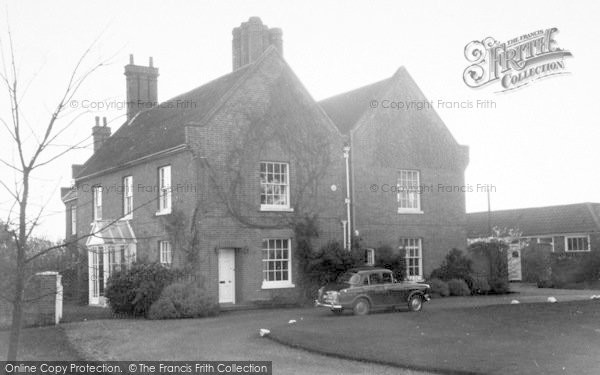Photo of Aldeburgh, Red House c.1960