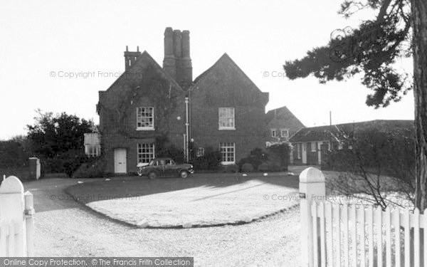 Photo of Aldeburgh, Red House c.1965