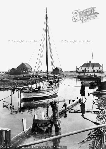 Photo of Aldeburgh, Slaughden 1906