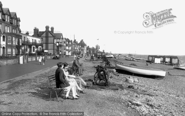 Photo of Aldeburgh, The Parade And Beach 1929
