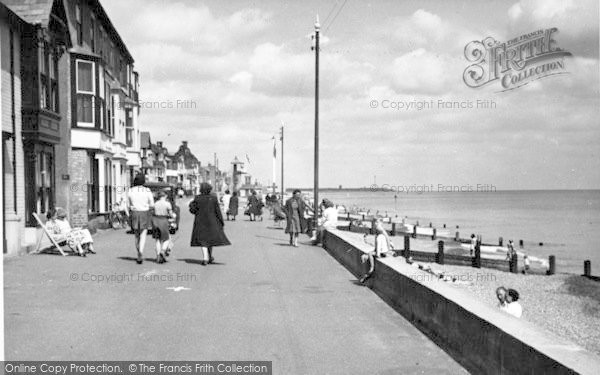Photo of Aldeburgh, The Promenade c.1950