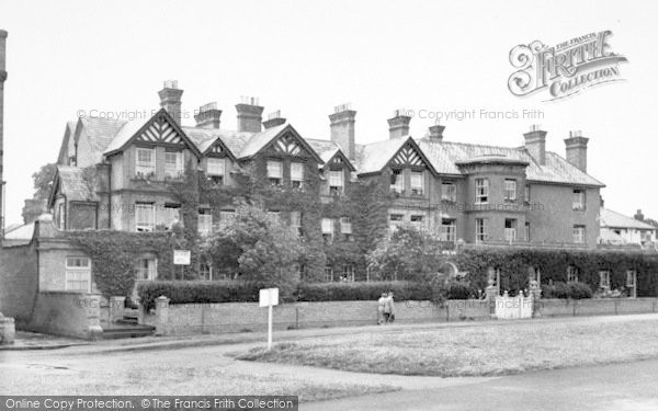 Photo of Aldeburgh, The Wentworth Hotel c.1955