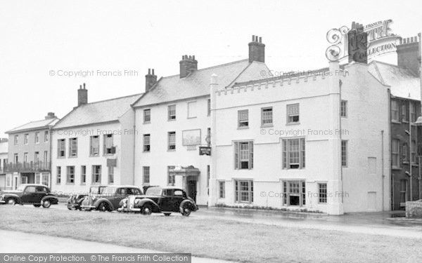 Photo of Aldeburgh, The White Lion Hotel c.1955
