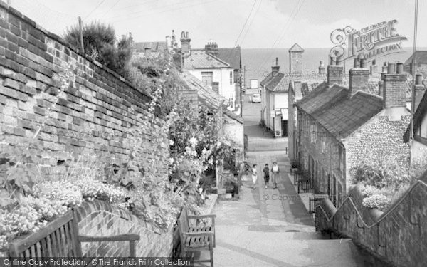 Photo of Aldeburgh, Town Steps c.1960