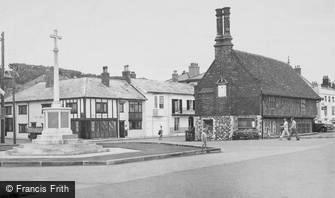 Aldeburgh, War Memorial and Moot Hall c1955