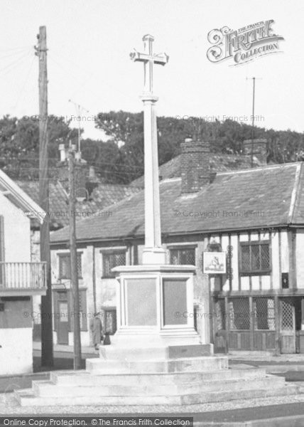 Photo of Aldeburgh, War Memorial c.1955