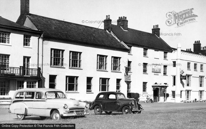 Photo of Aldeburgh, White Lion Hotel c.1955