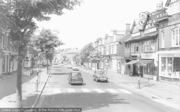 Photo of Alderley Edge, London Road c.1960