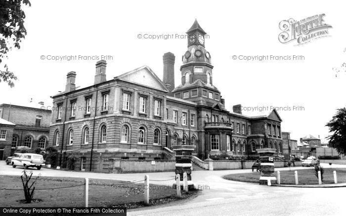 Photo of Aldershot, Cambridge Military Hospital c1965