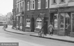 Aldershot, High Street, May & Co 1931