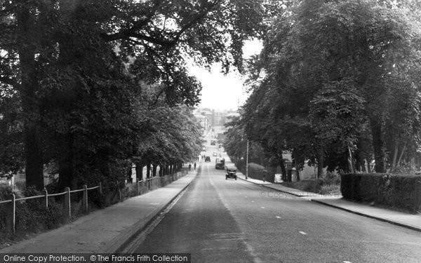 Photo of Aldershot, Hospital Hill c.1950