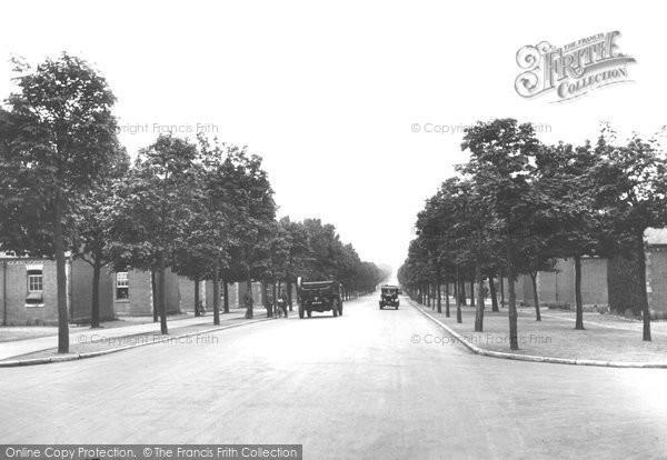 Photo of Aldershot, Queen's Avenue 1928