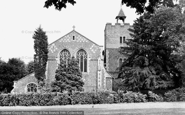 Aldershot, St Michael's Parish Church c.1950
