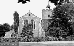 Aldershot, St Michael's Parish Church c.1950